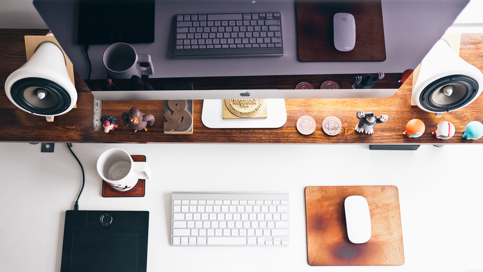 papers.co-mo38-mac-apple-desk-jeff-sheldon-office-25-wallpaper